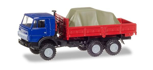 KamAZ 4310 Pritschen-LKW mit Ladung