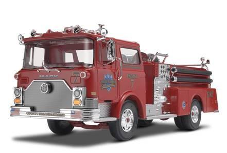 1:32-Mack Fire Pumper
