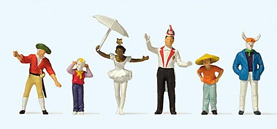 Beim Karnevalsumzug (4)