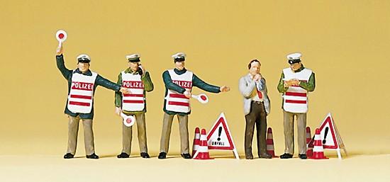 Polizisten mit Warnweste