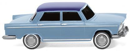 Fiat 1800 -pastellblau, nachtblaues Dach