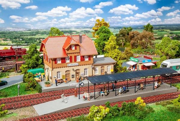 H0-Aktions-Set: Bahnhof Bruderstadt