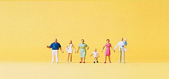 Familie Krause beim spazieren