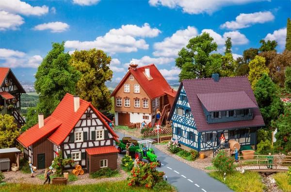 H0-Aktions-Set Weindorf