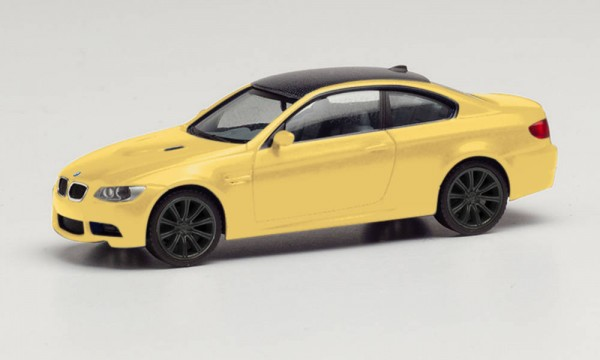 BMW M3 Coupé, dakargelb, Felgen schwarz