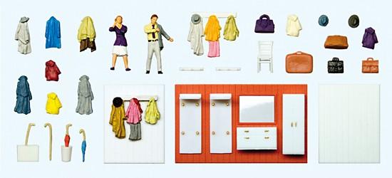 Beim Anziehen. Garderobeneinrichtung