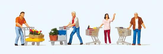 Kunden mit Einkaufswagen