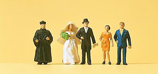 Brautpaar, mit evangelischer Geistlicher