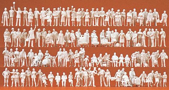 Am Bahnhof 120 unbemalte Figuren