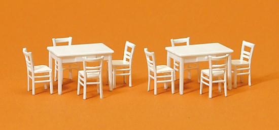 2 Tische, 8 Stühle. Materialf